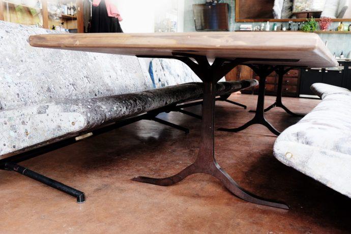 Einzigartige Tischgestelle von Studio KERTI Berlin