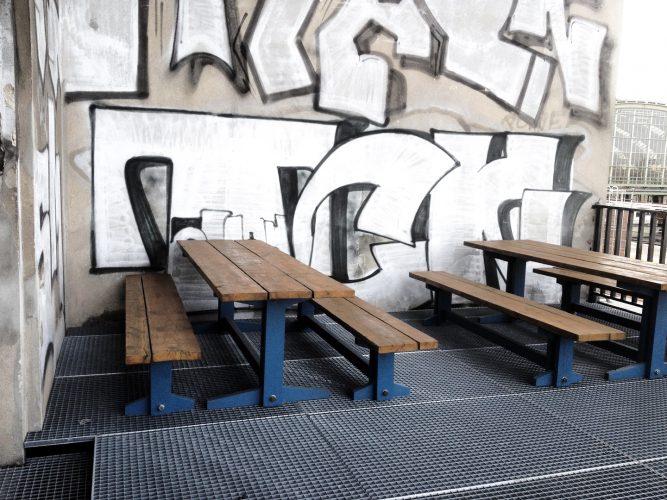 Dachterrasse Picnic-Set aus Massivholz. Anfertigung nach Maß. Furniture Designer Tischler in Berlin