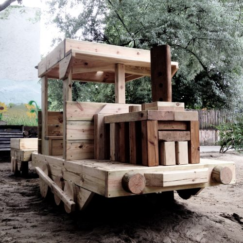 Nachhaltiges Kita Spielplatz Design Sonderanfertigungen Berlin